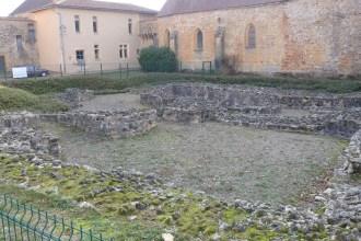 Vestiges de l'ancienne église prieurale