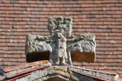 Croix pattée