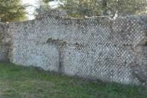 Soucieu-en-Jarrest - parement réticulé du mur
