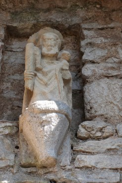 Portail d'Amont - niche avec une statuette de Saint Christophe
