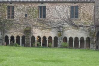 Abbaye de Sylvanès vue du cloître