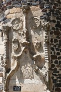 Le château du Monastier-sur-Gazeille-Tour escalier d'entrée