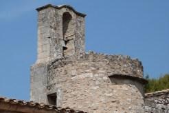 Cour du chevet et terrasse - clocher