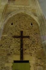 La nef - croix en ceps de vigne