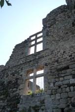 Remparts et fenêtres à meneaux (2)