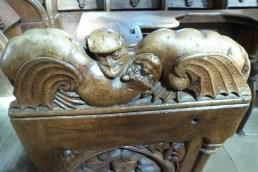 Stalles sculptées (3)