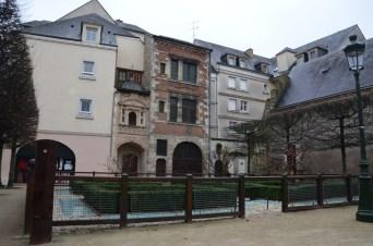 Le square Abbé-Desnoyers