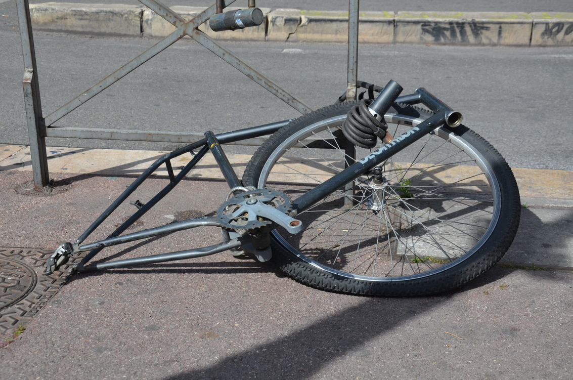 Marseille_carcasse_vélo