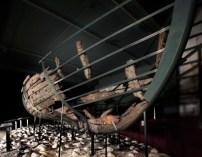 Épave d'Ubierta Pays basque, vers 1450-1460 Bois H. 106, 6 cm ; L. 272 cm Bilbao, Musée archéologique de Bizkaia © Musée archéologique de Bizkaia, Bilbao / Santiago Yanis Aramendia