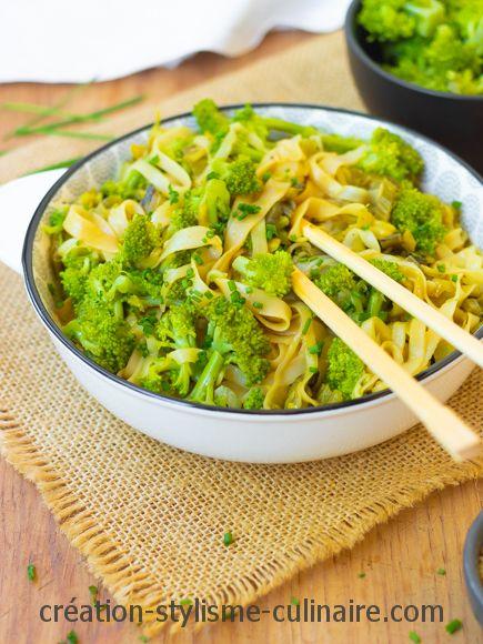 Nouilles sautées au brocoli aux légumes