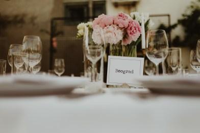 Jedan_frajer_i_bidermajer_serbian_belgrade_outdoor_wedding_wedding_planning_decor_flowers (9)