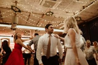 Jedan_frajer_i_bidermajer_serbian_belgrade_wedding_wedding_planning_dance (6)
