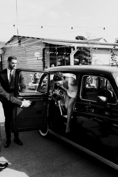 Jedan_frajer_i_bidermajer_serbian_belgrade_wedding_wedding_planning_modern_bride_old_timer