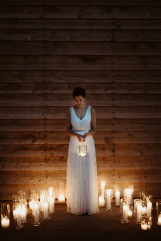 Jedan_frajer_i_bidermajer_wedding_planning_serbia_bride_and_candles