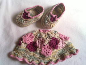 spring flower booties wordsnneedles