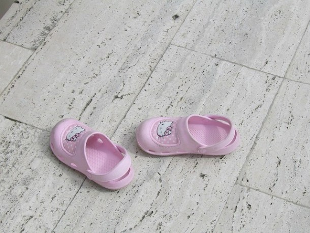 arrange shoes age appropriate chores for kids