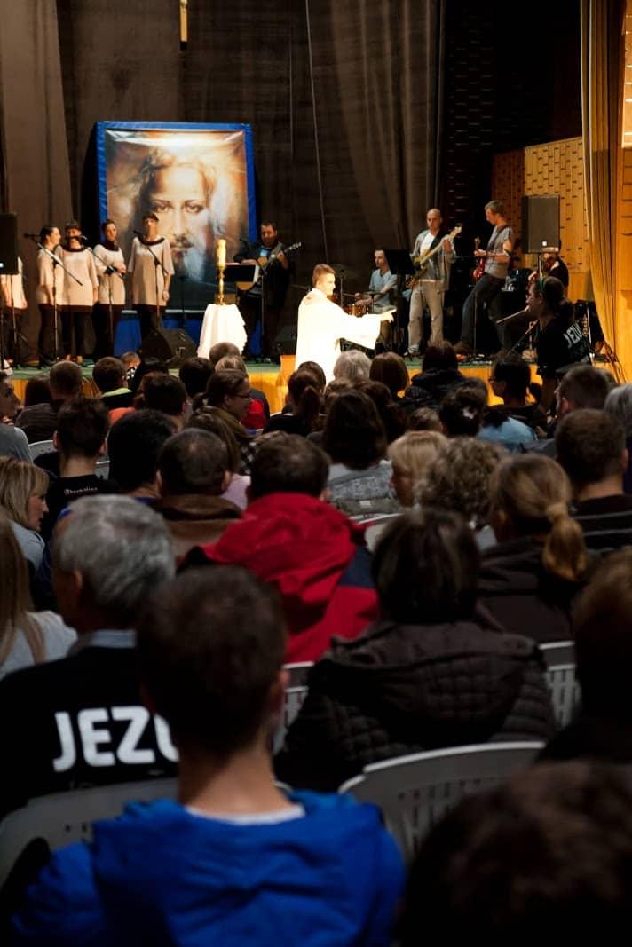 Wspólnota Jednego Ducha, Wieczór Chwały, 2012.10.30