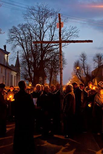 Wspólnota,  Wspólnota Jednego Ducha,  Droga Krzyżowa,  Droga Krzyżowa w Węgrowie, 2011.04.17