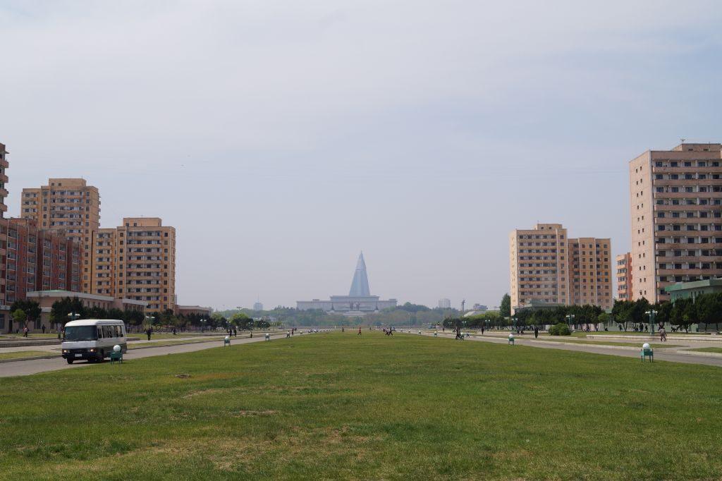 Pjongjang - widok na Mansudae