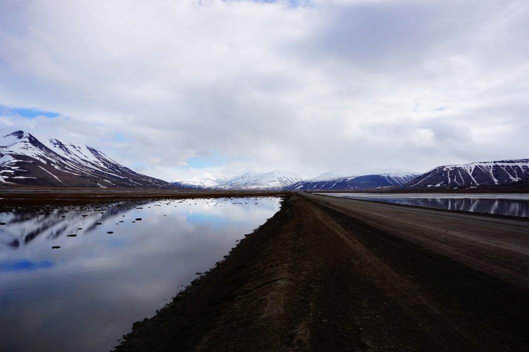 Adventdalen - droga na wschód
