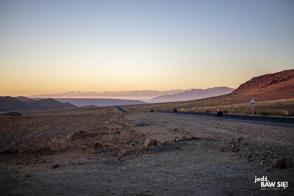 Droga do Warzazart