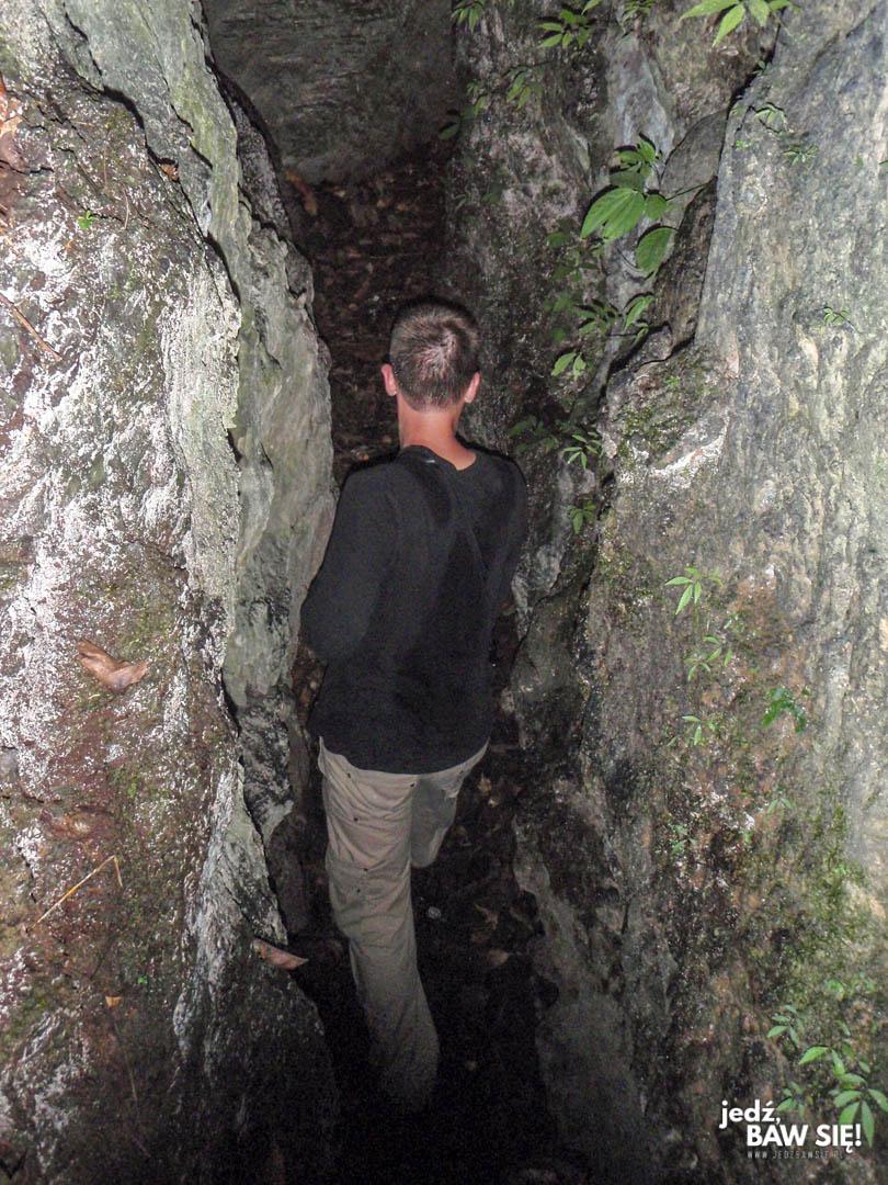 Gunung Leuser - jaskinia pytona