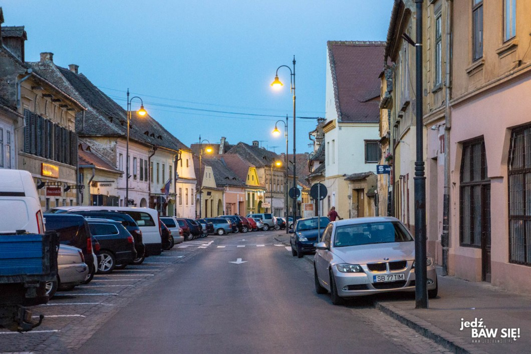 Wynajem samochodu Rumunia - parkowanie