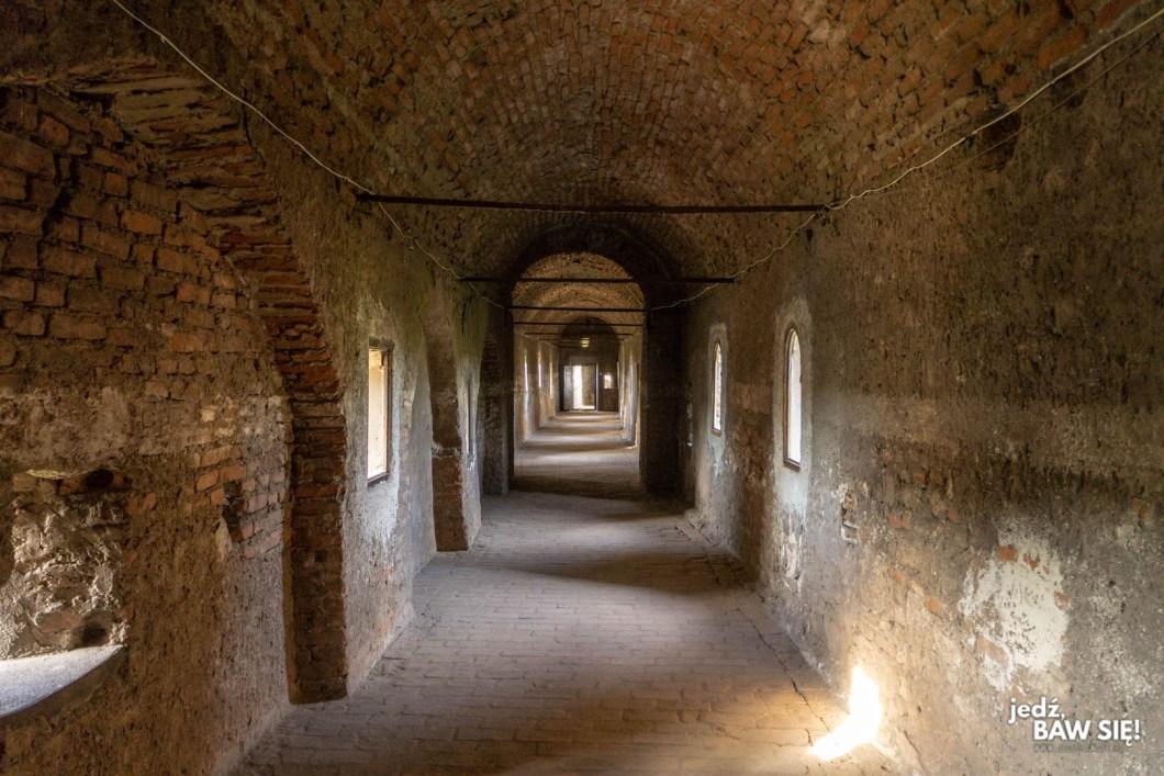 Zamek Corvin - wnętrza