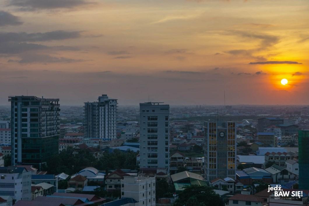 Phnom Penh wieczorem