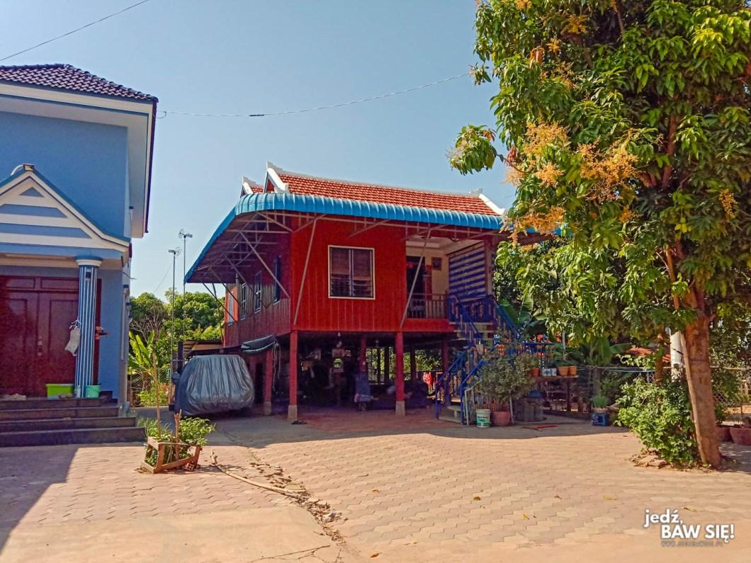 Silk Island - dom na palach