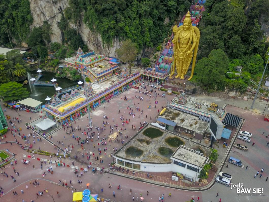 Jaskinie Batu - widok z góry