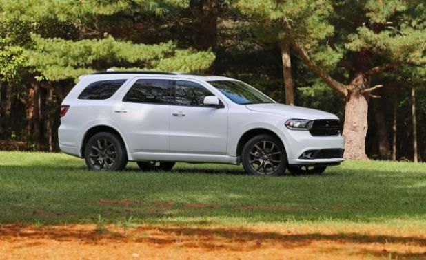 2019 Dodge Durango side