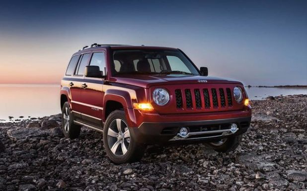 2019 Jeep Patriot front