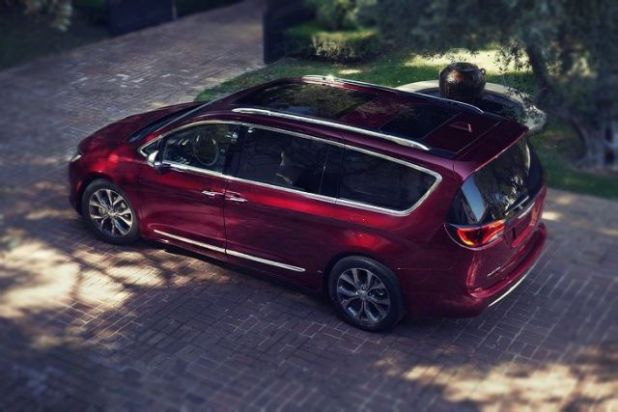 2019 Chrysler Town and Country rear