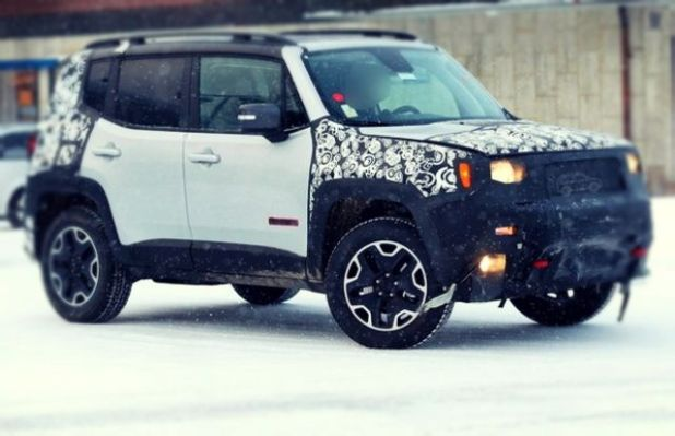 2020 Jeep Renegade side