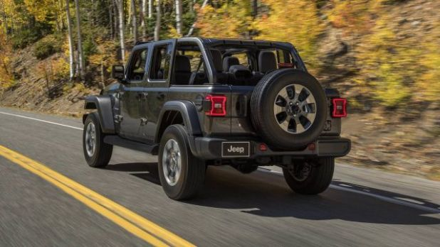 2020 Jeep Wrangler Plug-In rear
