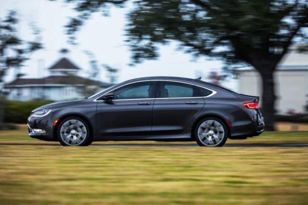 2020 Chrysler 200 side