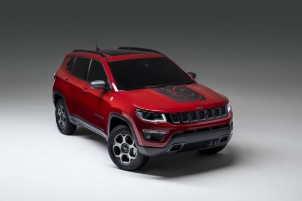 2020 Jeep Compass PHEV front