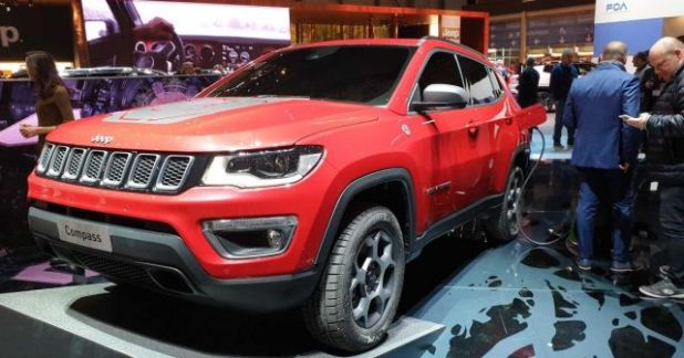 2020 Jeep Compass PHEV side