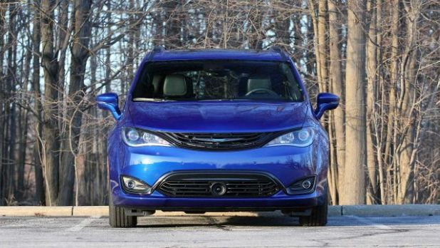 2020 Chrysler Pacifica AWD Cabin