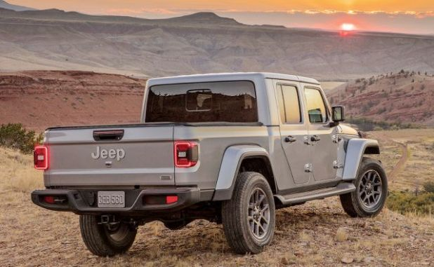 2020 Jeep Gladiator Overland rear