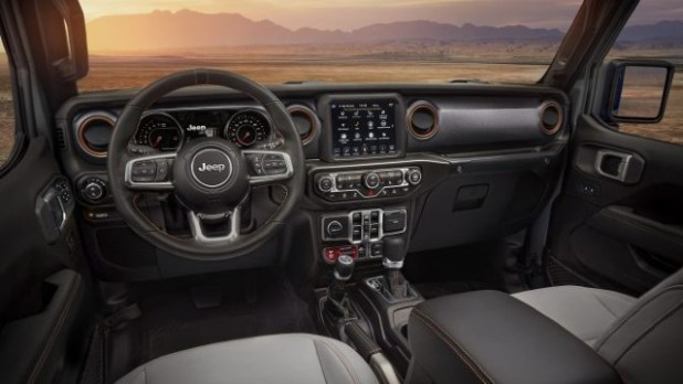 2021 Jeep Gladiator Sport interior