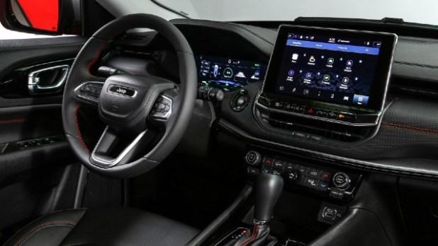 2022 Jeep Compass Plug-In Hybrid interior