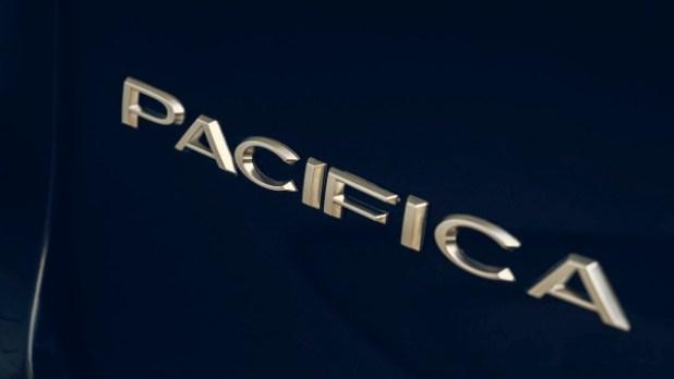 2023 Chrysler Pacifica hybrid