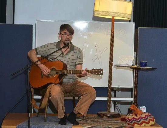 Daniel Hahn gab ein Konzert in der Salzwedeler Jeetzeschule