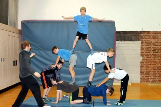 Pyramiden im Sportunterricht an der Jeetzeschule 7
