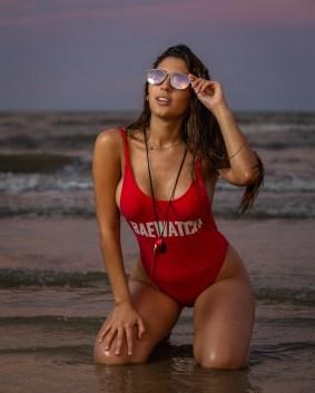 beach-models-4