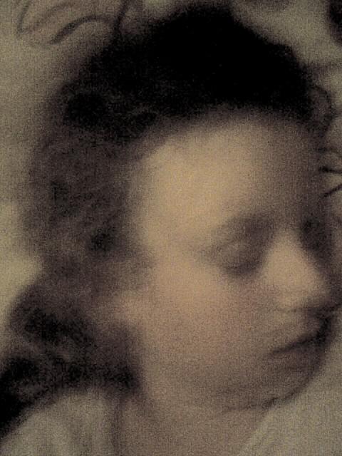 comme un chef d'oeuvre de peinture Chloé ma fille qui dort