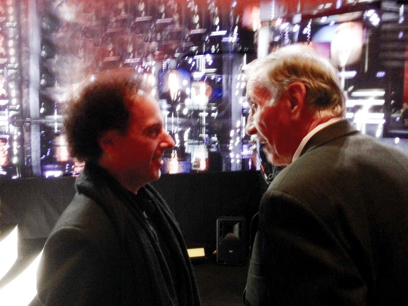 JHB bassist Joe Rockman and Jeff's dad Bud catch up before the show... © Pat Rush