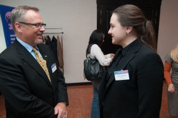 Jeff Hester talking with attendees